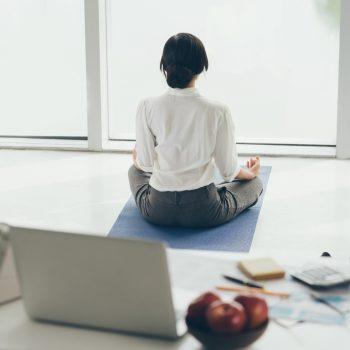 sophrologie-entreprise-zen-yoga